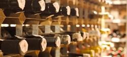 Conservar vino en casa: en qué fijarse